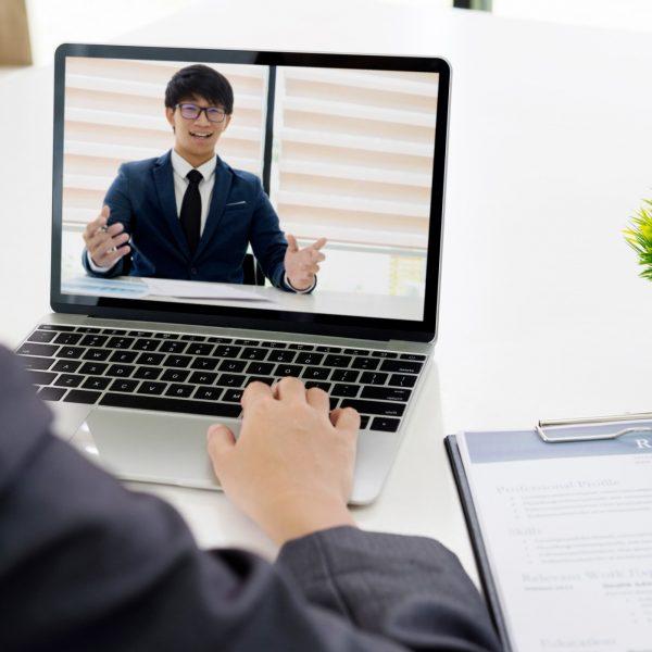 online-job-interview-online-business-video-call_t20_gojVPb.jpg